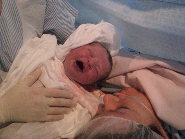 Voici Loane mon bébé espoir ! Cimg2612