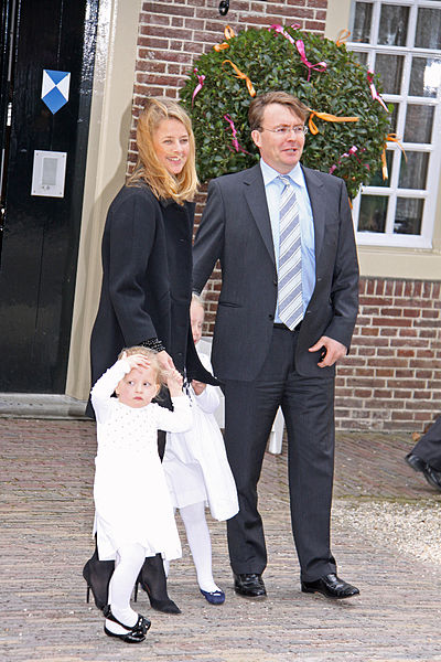 Royal Family of the Netherlands - Page 6 400px-10