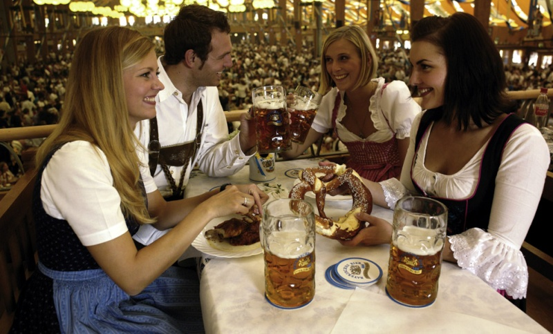 Oktoberfest in Munich 7b361910