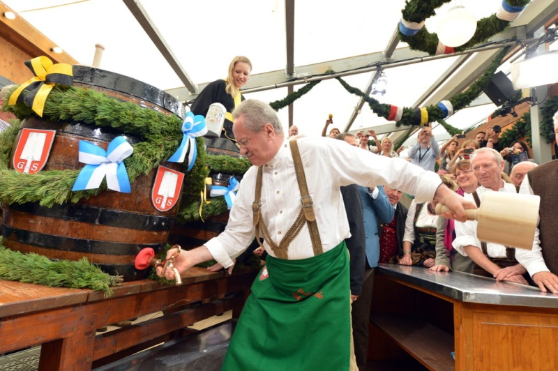 Oktoberfest in Munich 7d83a910