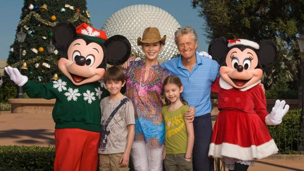 Kids of movie stars - Page 4 92224110