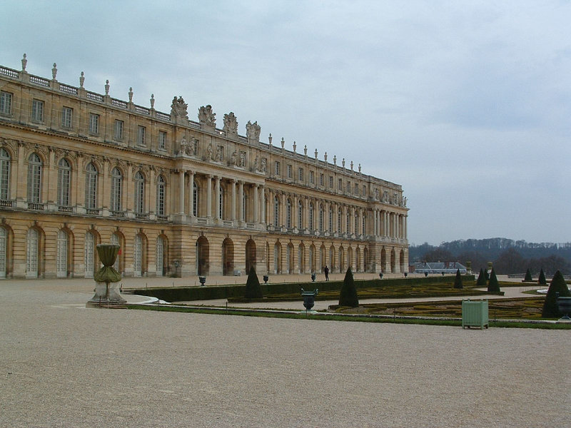 Versailles, Louis XIV's royal remodeling project A119a310