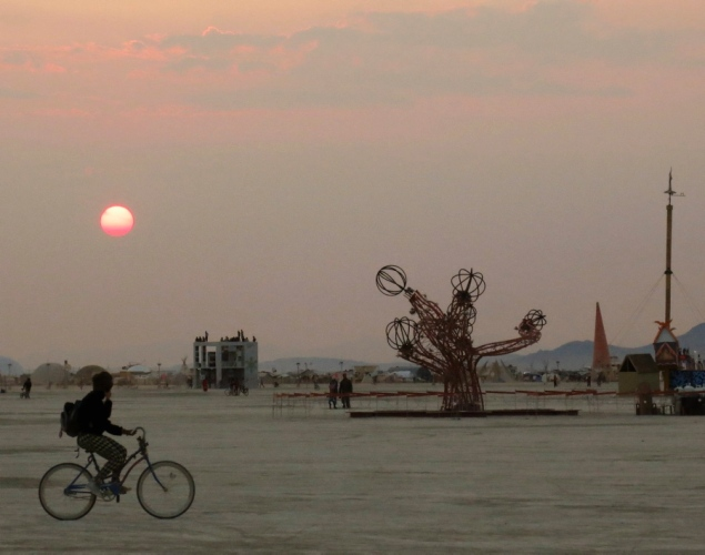 The Burning Man festival - Page 2 Burnin25