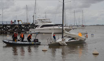 Dos veleros en emergencia Matild10