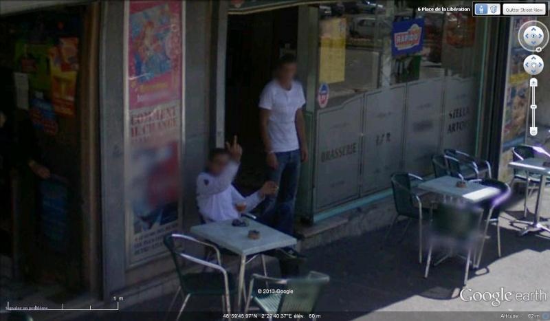 STREET VIEW : un coucou à la Google car  - Page 21 Doigt10