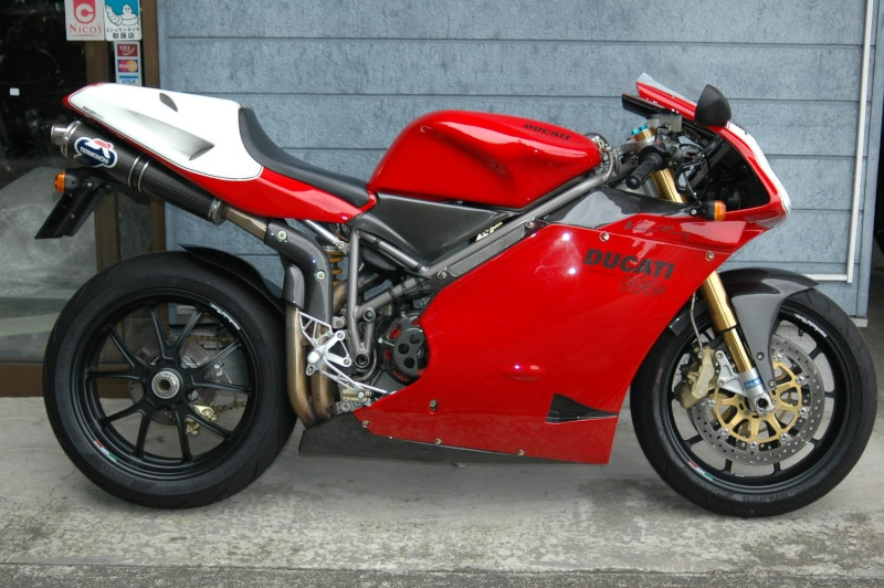 Superbike Ducati 916, 996, 998 et 748 - Page 7 Img_6511