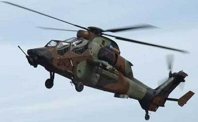 Atterrissage d'urgence pour un hélicoptère français Tigre Tigre-11