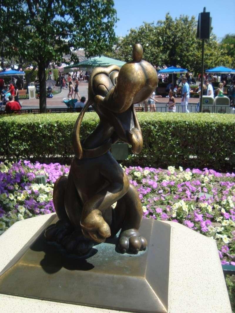 Vos plus belles photos de Disneyland Resort - Page 4 Dsc00311
