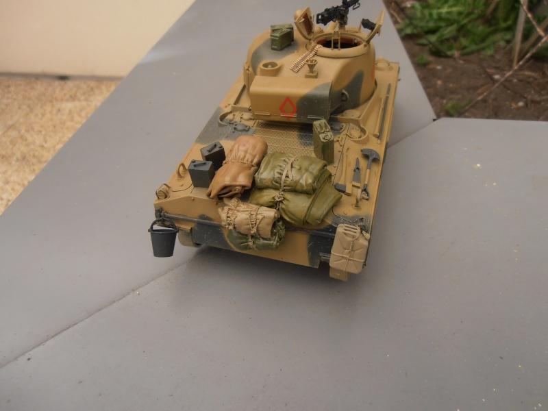 "Sherman MkIII "" Monte cassino "" la peinture. - Page 2 P3171212"