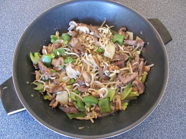 Chop Suey au boeuf et légumes Chpo_s11
