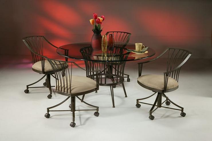 طاولات جديدة لغرف الطعام D87d6410