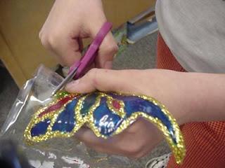 طريقة صنع الفراشات لتمتعي بها اطفالك Oouou_27