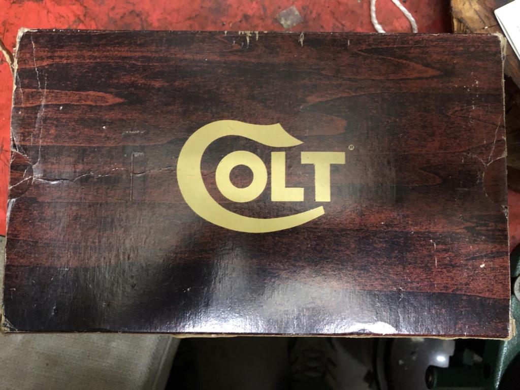 Boites Colt 37ae4710