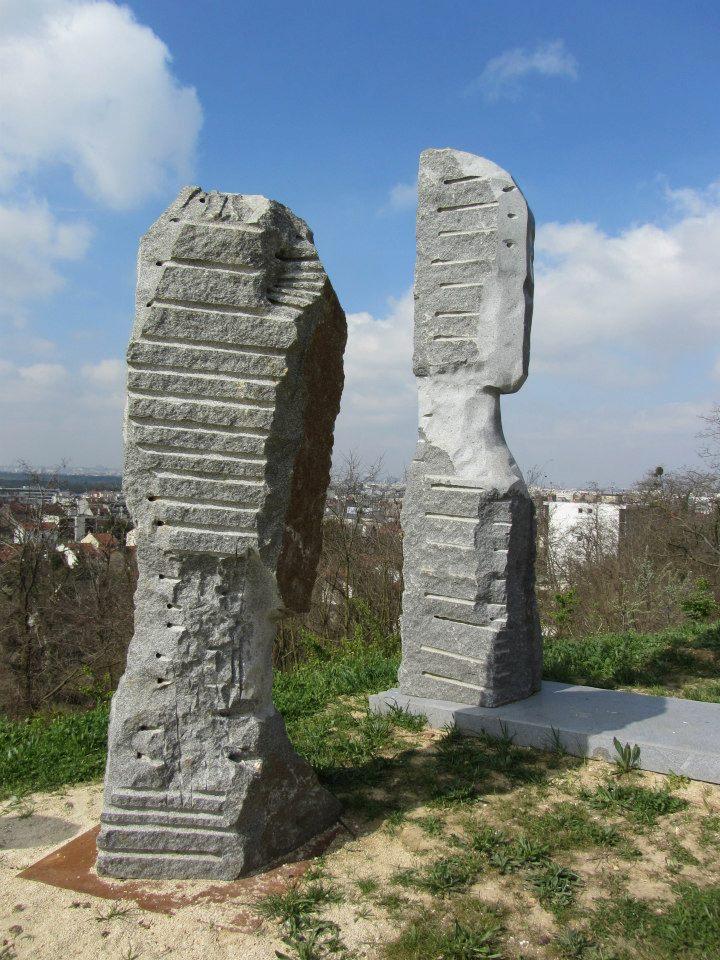Parc des Carrières Statue12