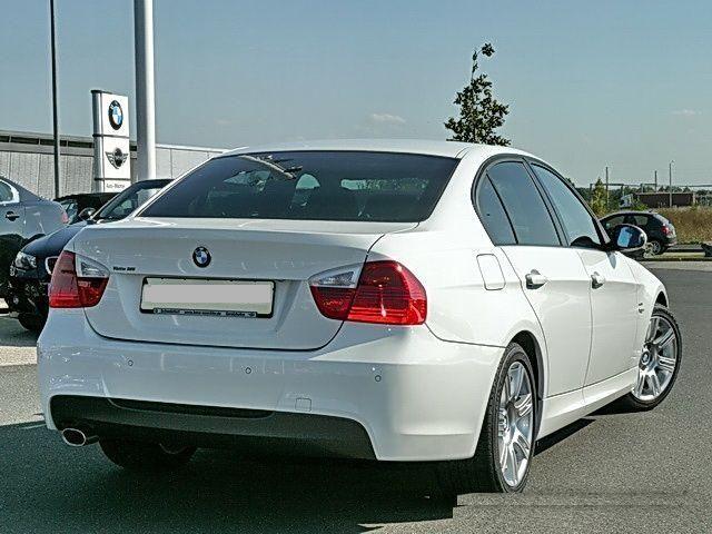 BMW 320d sport design W4311410
