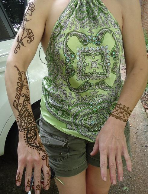 Henna me happy! Q_014_10