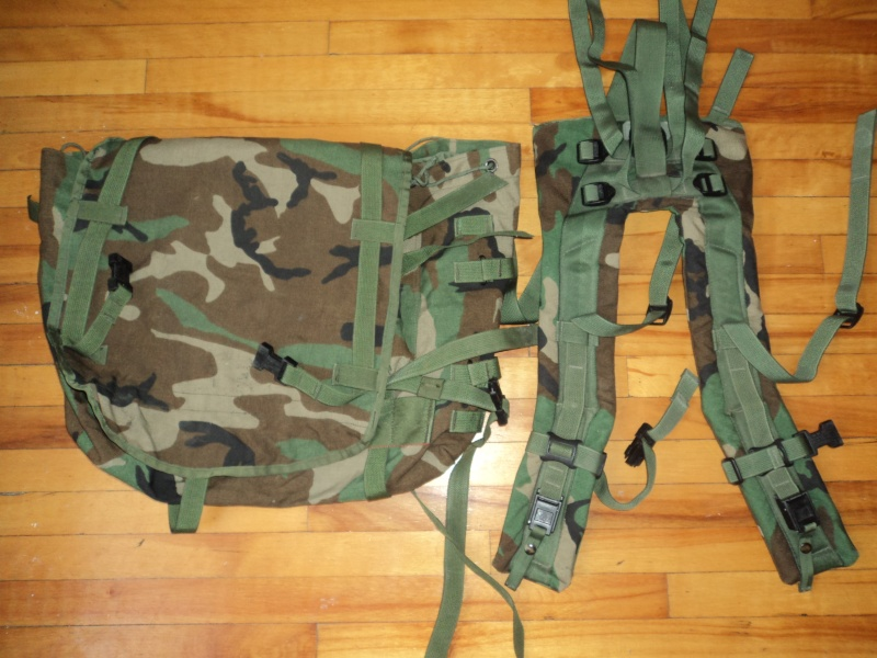 BACKPACK MOLLE II Dsc00526