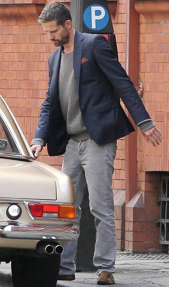 Jason  parks his golden Mercedes in Manchester 31.08.13 110
