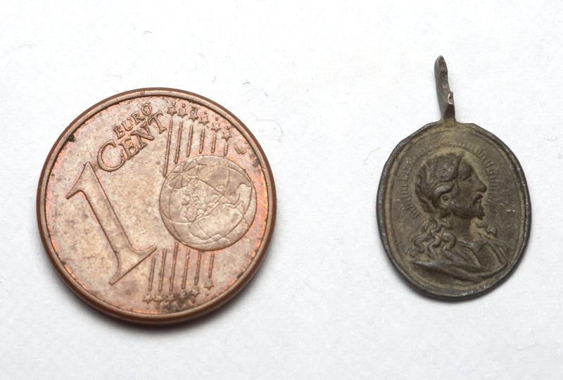 "Médaille type ""Salvator Mundi"" - Bustes Jésus & Marie - XVIIIème Imgp7112"