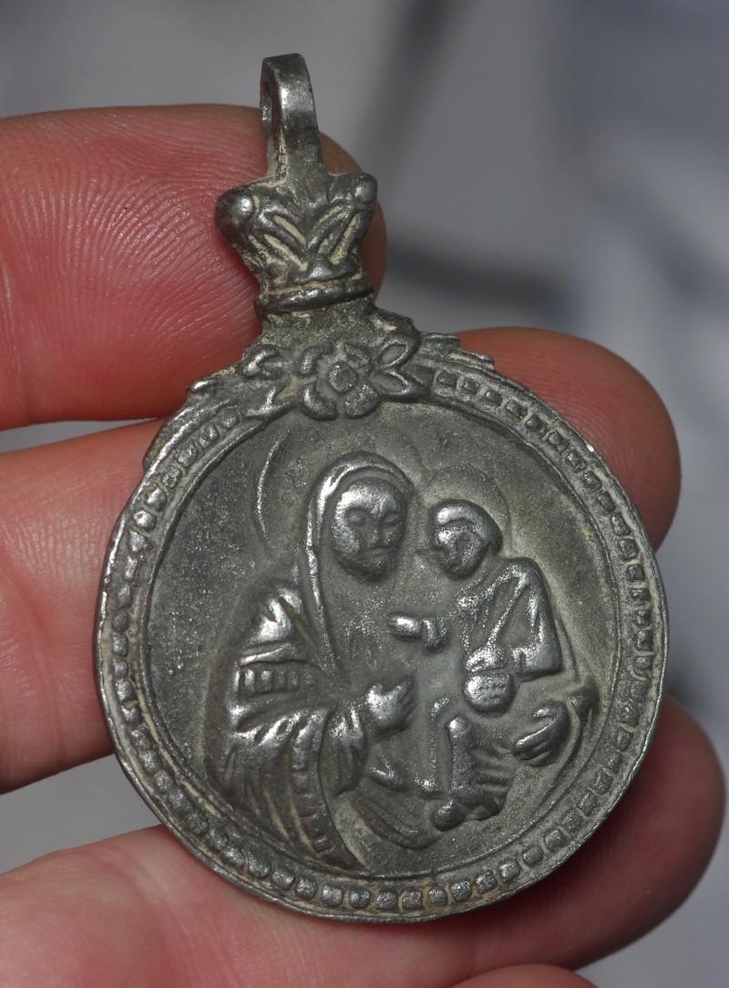 **SUPERBE** Magnifique médaille en argent - Ste-Famille - XVIIème Ste_fa11