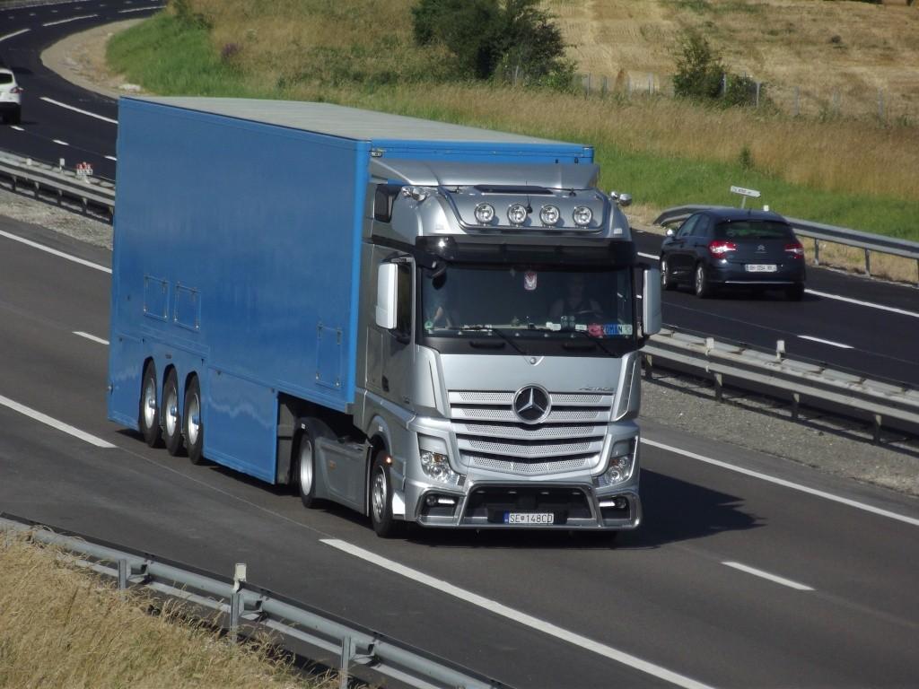 Mercedes Actros MP4 (euro 6 )  - Page 5 Photo144