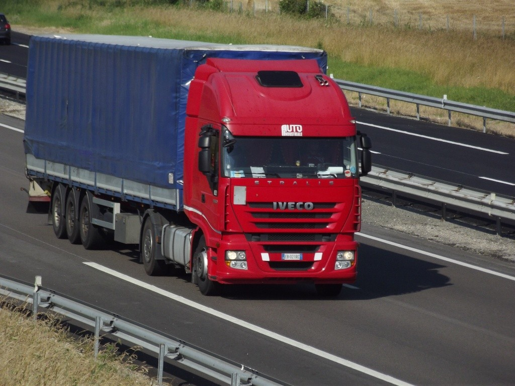 Iveco Stralis  - Page 7 Photo186