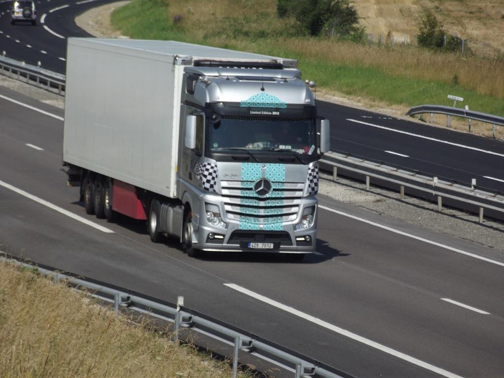 Mercedes Actros MP4 (euro 6 )  - Page 5 Photos74