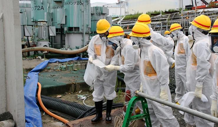 Les dangereux mythes de Fukushima - Page 2 16kask11