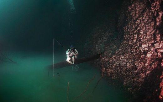 Incroyable : ils ont découvert une rivière dans l'eau !  Rivi_r10