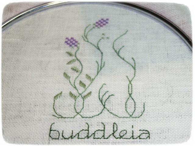 BUTTERFLY GARDEN  Drawnhread 00310