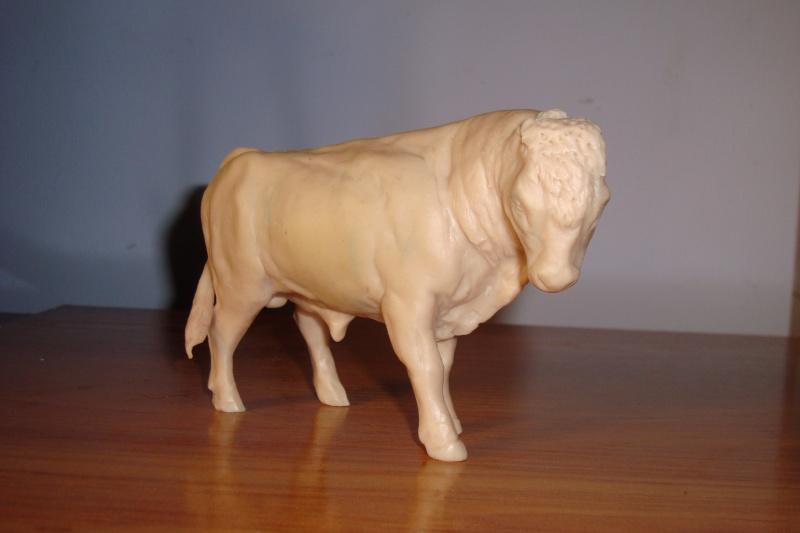 Modeling an auroch bull Dsc03815