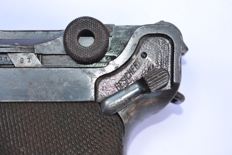 """Un Luger Mauser """"banner"""", de police, daté 1939. Intern14"""