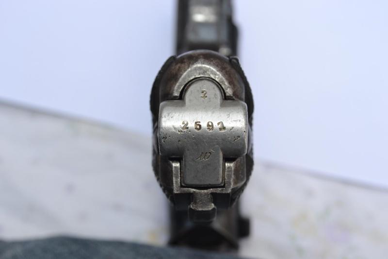 """Un Luger Mauser """"banner"""", de police, daté 1939. Intern19"""