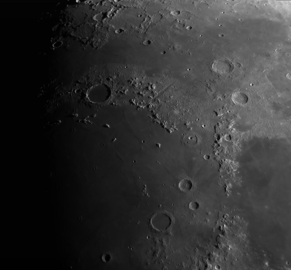La Lune - Page 25 Platon10