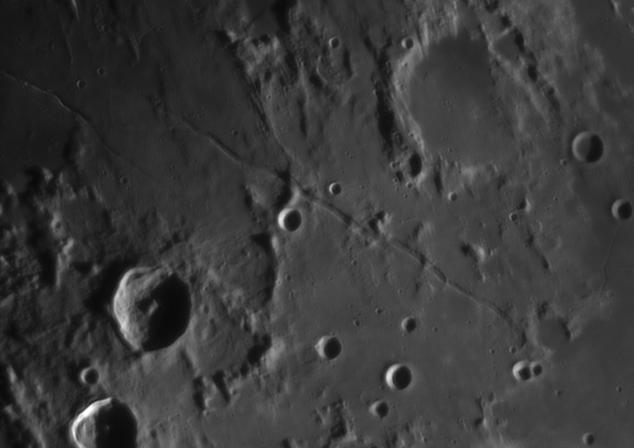 La Lune - Page 24 Rimaea11