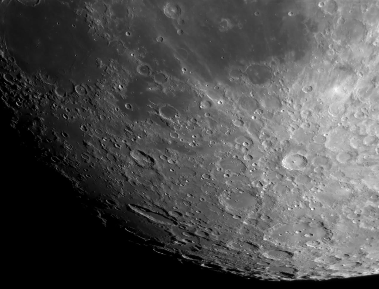 La Lune - Page 24 Schill10