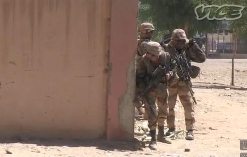 Des images fortes et non censurées des combats urbains au Mali Mali10