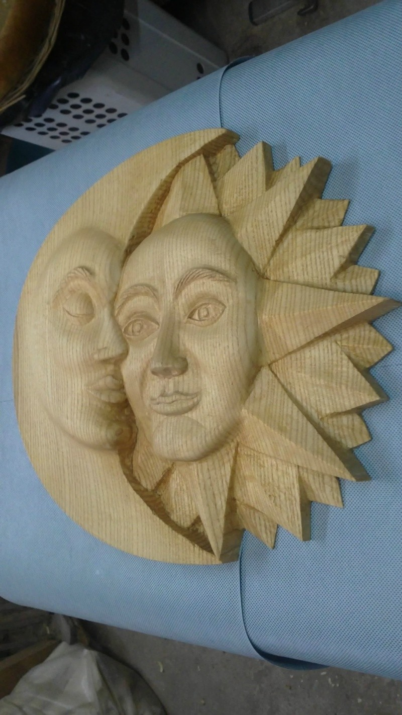 Le soleil a rendez-vous avec la lune Soleil25