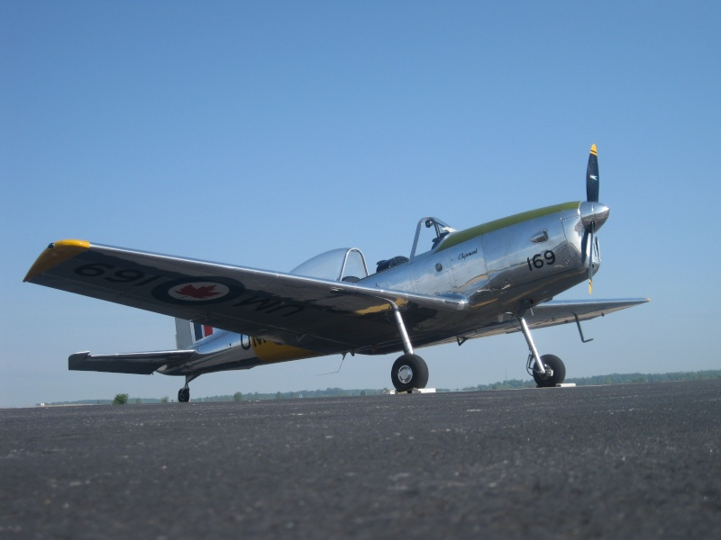 "On the Ramp Right Now:  P-51D ""Swamp Fox"" Visits KCGI  - Page 5 Img_2111"