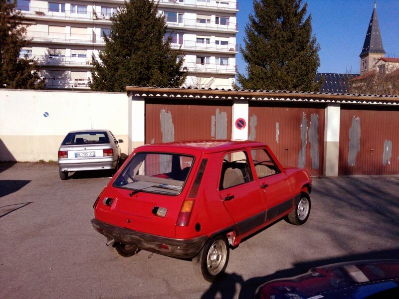R5 GTL rouge 5 portes de 1981 P1740010