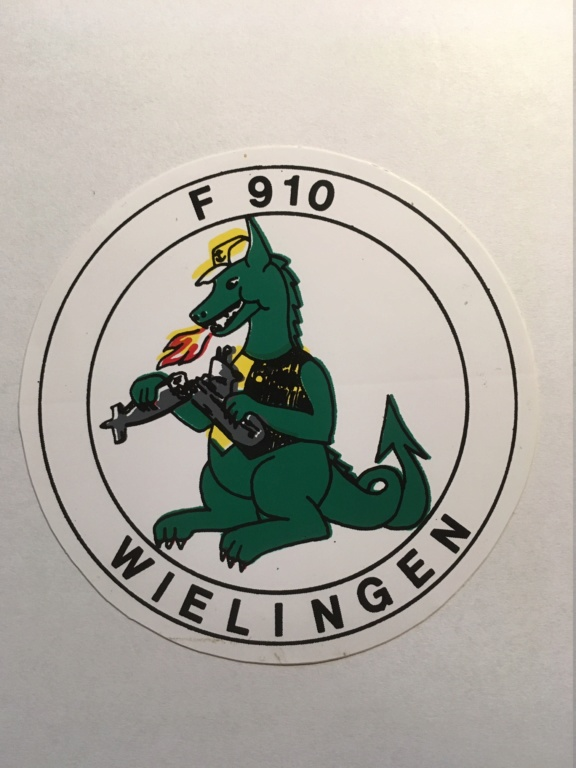 F910 WIELINGEN - Crest, badges, autocollants, peintures,... - Page 2 Img_0412