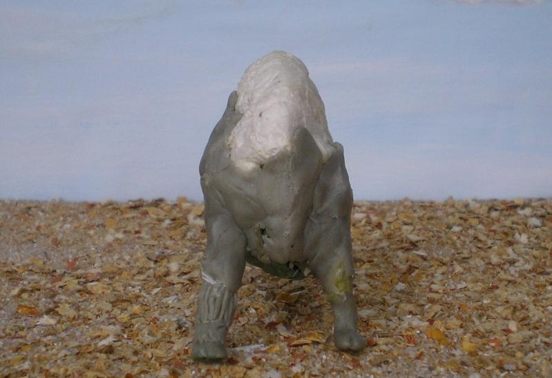 Bison-Kuh in eigener Modellierung für die Figurengröße 7 cm 137e4d11
