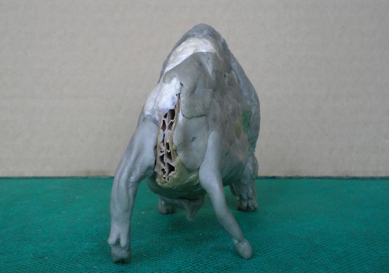 Bison-Kuh in eigener Modellierung für die Figurengröße 7 cm 137e4h17