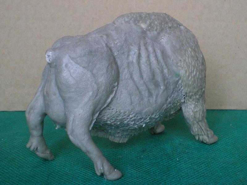 Bison-Kuh in eigener Modellierung für die Figurengröße 7 cm 137e4h25