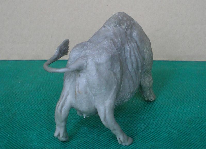 Bison-Kuh in eigener Modellierung für die Figurengröße 7 cm 137f3b10