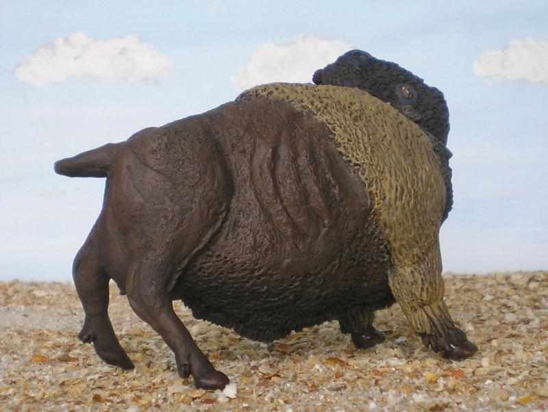 Bison-Kuh in eigener Modellierung für die Figurengröße 7 cm 137h5d10