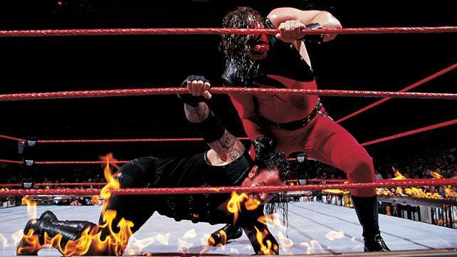 [Divers] Les 25 plus grands rivaux de l'Undertaker (WWE.com) Kane310