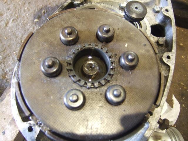 moteur - help retirer l'embrayage d'un moteur sotecma Dscf3816