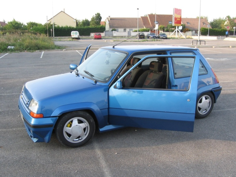Renault 5 GT Turbo phase II Bleu lumiére 495  Photo_13