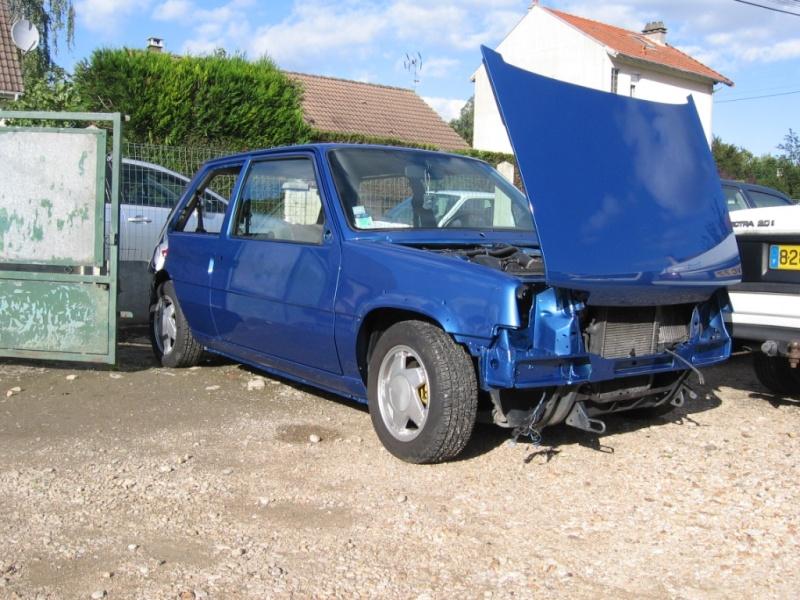 Renault 5 GT Turbo phase II Bleu lumiére 495  Photo_16